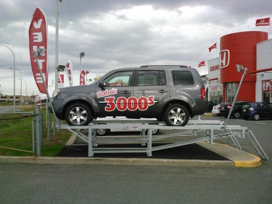 podium car display ramp